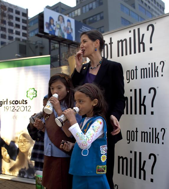 Got Milk councilmember schaaf girls