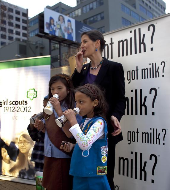 Got Milk councilmember schaaf girls